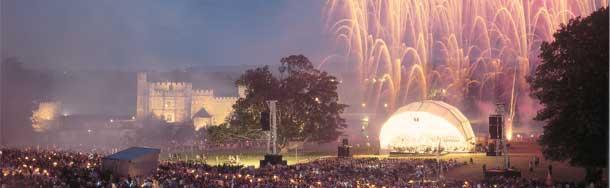 castle-fireworks